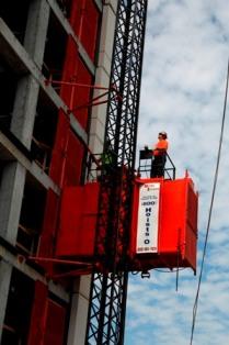 operator elevator hoist