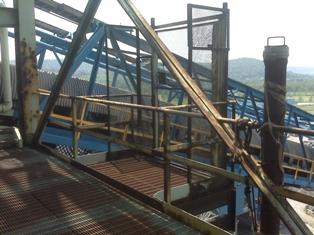 upper hoist platform 4